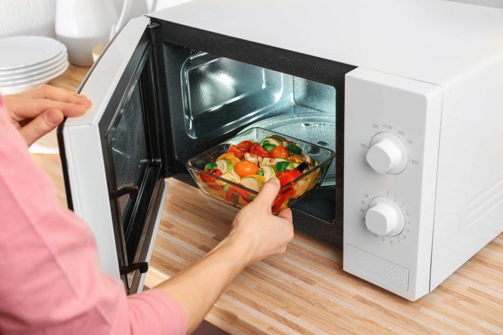 Is a 700 watt microwave good?